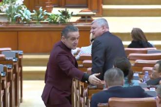 Spectacolul facut de Becali in Parlament de Sf. Gheorghe.De ce a platit hotii care i-au furat masina