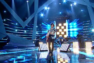 ROMANII AU TALENT, sezonul 3: Angelo Simonica a adus rockul clasic pe scena