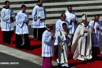 Papa Francisc se converteste la tehnologia 3D. Anuntul facut azi de Vatican