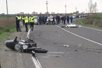 Un politist de 26 de ani a murit in chiar prima sa cursa pe motocicleta. Trupul a fost proiectat la 50 de metri