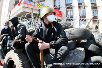 Criza in Ucraina. Rusia sustine ca peste 400 de militari ucraineni s-au predat si au fost primiti pe teritoriul sau