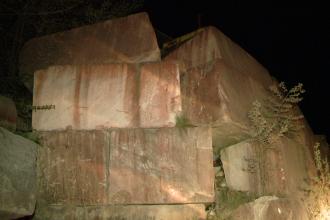 Accident mortal la cariera de marmura de la Ruschita, judetul Caras-Severin. O roca de 30 de tone a cazut peste un muncitor