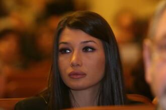 Elena Basescu il ataca pe