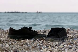 Prima intalnire cu Marea Neagra s-ar putea incheia tragic pentru un student de 25 de ani. Tanarul a disparut in apa rece