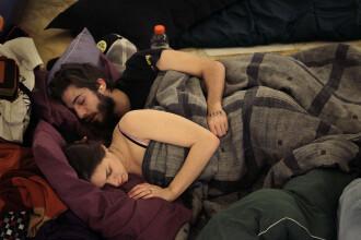 Studiu: ce spune pozitia in care dormiti despre relatia de cuplu