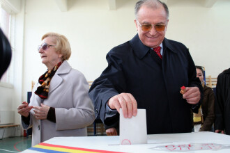 Ion Iliescu explica succesul lui Klaus Iohannis.