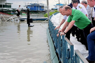 Basescu, despre Ponta la inundatii: