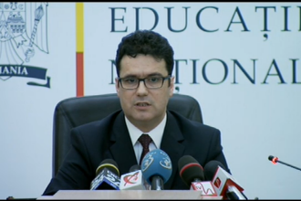 EVALUARE NATIONALA 2014. Remus Pricopie a anuntat ca notele la evaluarile nationale nu vor conta la admiterea in clasa a IX-a