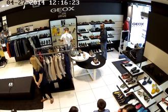 Cel mai prost hot din Moldova. A furat o pereche de pantofi, dar a fost facut de ras pe Facebook. VIDEO
