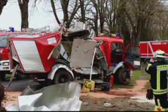 Europa este maturata de furtuni. Avioane anulate, trenuri blocate, copaci smulsi si noua persoane decedate