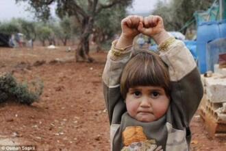 Ce s-a intamplat cu fetita din fotografia care a impresionat intreaga lume. Zona in care locuia, ocupata de Al Qaeda