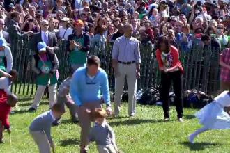 Traditionala cursa cu oua, organizata la Casa Alba in a doua zi a Pastelui catolic. Barack Obama a dat startul intrecerii