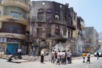 5 atentate intr-o singura zi in capitala Yemenului, revendicate de ISIS. Bilantul: cel putin 31 de morti si zeci de raniti