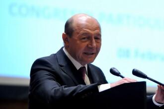 Basescu il critica pe Ponta pentru reactia pe care a avut-o fata de amenintarile sefului Statului Major al armatei ruse