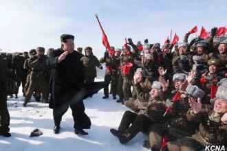 Kim Jong Un a urcat pe muntele sfant Paektu.
