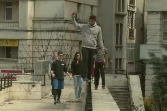 Maestrii Parkour sunt la Bucuresti si isi povestesc secretele.