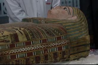 Expozitie de piese antice, la Cairo. Principala atractie e un sarcofag vechi de 4.000 de ani, descoperit intr-un garaj