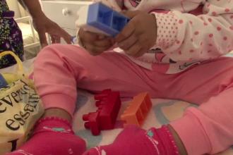 Fetita de 2 ani internata in spital dupa ce a fost batuta si chinuita de mama ei. Primele masuri luate de autoritati