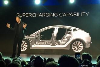 Tesla are deja 130.000 de precomenzi pentru