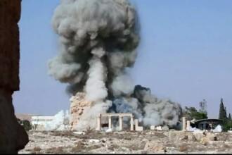 Statul Islamic a distrus aproape complet muzeul din Palmira. Artefacte de 2.000 de ani, spulberate in explozie