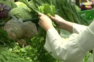"""De ce nu se aplică în România legea """"51% alimente locale"""", aprobată acum un an"""