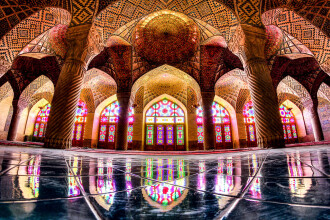 O incursiune rara in interiorul moscheilor din Iran. Imaginile captivante surprinse de un fotograf. FOTO