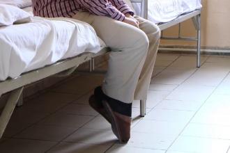 Ancheta la Spitalul Socola din Iasi, dupa ce un pacient ar fi fost violat de alti doi bolnavi. Ce risca medicii de garda