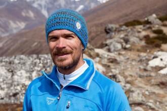 Adrian Valean a inceput expeditia spre varful Cho-Oyu din Himalaya. Cum vrea alpinistul roman sa urce la 8.200 de metri
