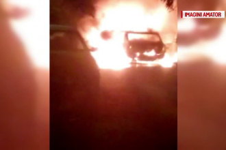 O masina frigorifica a ars ca o torta pe o sosea din Caras-Severin. Ce a facut soferul inainte de sosirea pompierilor