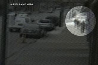 Masina in care se afla un bebelus, furata, din fata unui magazin. Hotul a fost prins dupa ce un copil de 10 ani a dat alarma