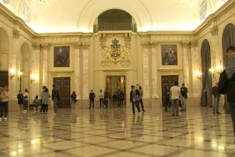 Portile Palatului Regal, deschise larg vizitatorilor intr-un eveniment inedit. Sala Tronurilor a fost atractia serii