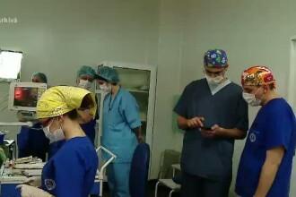Echipa de medici din Viena, prezenta in Romania pentru a preleva plamanii de la un donator roman. Unde vor ajunge organele