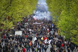 Proteste violente in Franta. O jumatate de milion de oameni au iesit in strada, peste 120 au fost arestati. FOTO si VIDEO