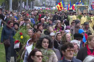 Peste 6000 de credinciosi au participat la procesiunea de Florii din Capitala.