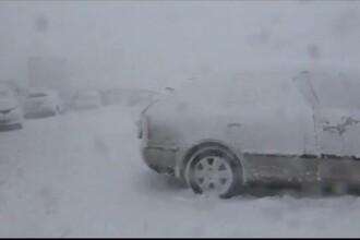 Viscolul din Slovacia a provocat un grav accident de circulatie. 40 de masini au fost implicate intr-un urias carambol