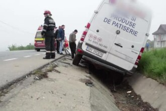 Accident grav in judetul Bistrita-Nasaud. O masina cu paine s-a izbit de un cap de pod