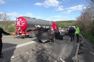 Soferul de TIR care a provocat un accident cu 5 morti in Olt ramasese fara permis cu cateva ore inainte de tragedie