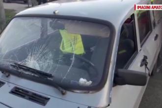 Patru fete, lovite de o mașină pe trecerea de pietoni. Șoferul spune că i-au apărut brusc în față