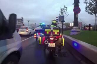 Paramedicii pe motociclete vs. traficul din Capitală.