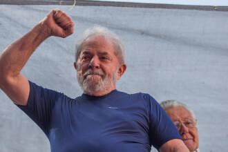 Fostul preşedinte brazilian Lula a sosit la închisoare după ce s-a predat