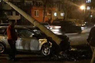 Un şofer a lovit 2 pietoni în Baia Mare şi s-a oprit doar într-un stâlp