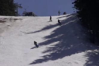 Ultima zi de vacanță i-a prins pe români la schi. Poiana Braşov, cel mai bun sezon de până acum