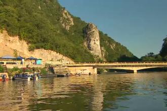 """Turiștii atrași la Clisura Dunării de prețuri decente și peisaje mirifice: """"Am fost la capacitate maximă"""""""
