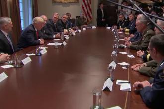 """Trump, discuții cu oficialii din Armată despre criza din Siria: """"Suntem pregătiţi să oferim toate opţiunile militare"""""""