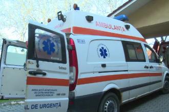 Accident grav pe DN1. Doi adulţi şi un bebeluş au ajuns la spital