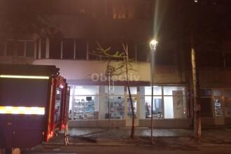 Incendiu într-un bloc din centrul Sucevei. 25 de persoane, evacuate