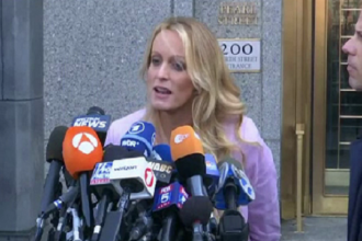 Cazul Stormy Daniels - Trump. Starleta a depus mărturie la un tribunal din New York