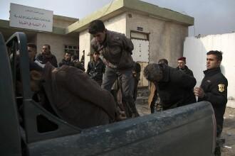 700 de persoane, capturate de jihadiști în Siria. Printre acestea, mai mulți cetățeni europeni și americani