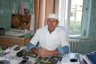 """Un medic din Vrancea şi-a împărţit salariul cu infirmierele. """"Statul a luat de la necăjiți"""""""