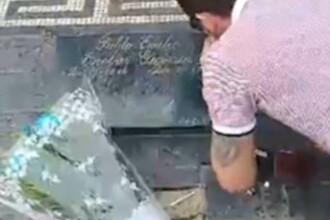 """Un turist britanic s-a filmat """"prizând cocaină"""" de pe mormântul lui Pablo Escobar"""